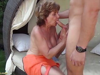 76 yr older mother screwed by sonny outdoors