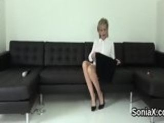 Unfaithful brit mature girl sonia showcases her meaty mammories