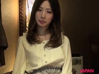 Asian cougar sweetie Misaki Fujiyama bang-out time