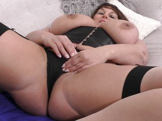 See eye to eye suit, counterfeit fro This Bbw titillating matured!