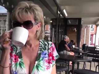 Unfaithful uk mature dame sonia flaunts her big tits49Lbp