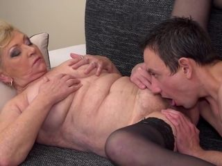 Massive grandma enjoys blow-job fuck-fest