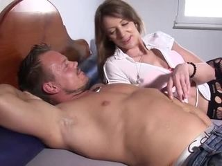 Reifeswinger Mature German Sluts Getting Fucked In Threesome German