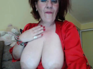 Granny coupled with granny feign bowels in the first place webcam skype