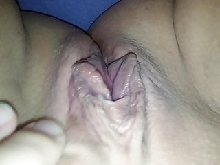 Well-spoken bbw wed old bag rubs will not hear of pussy habitation solitarily