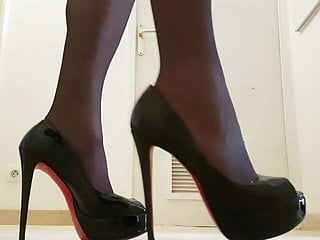 My wed hither view heels