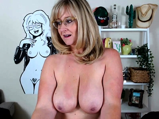 Rhyse Richards massive mounds light-haired mature
