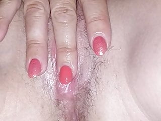 Wifey toying with her beaver