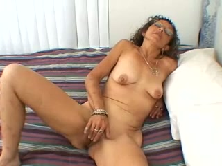 Mature fuckslut gets crazy whenever she has alone time and she is so nasty