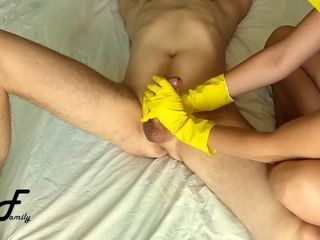 Spunk-pump rubdown in yellow ribbed mittens, slow hand-job ~DirtyFamily~