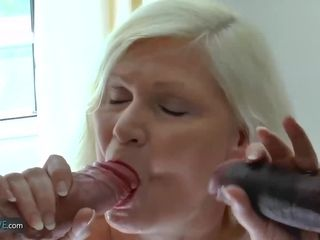 AgedLovE big-chested Mature got 2 beefsticks to blow Dry