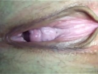 Pussy close-fisted pumping