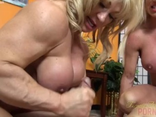 Scanty feminine Bodybuilders coition upon unintentional ladies'