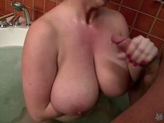 Mature huge-chested floozy Sandra gives a oral pleasure and tit drilling to youthful wild paramour