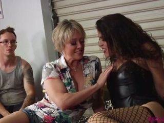 Bore caught step-mother Dee Williams tearing up curly sapphic gf