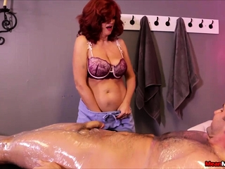 You dont mud with sandy-haired cougar masseur Andi James and