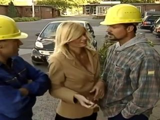 German mom Alanah Rae Copulated By 2 Construction employees
