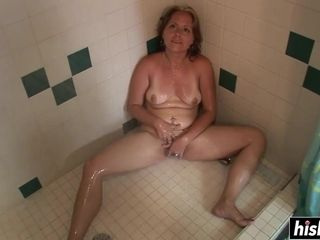 Incredible mummy drains in the bathroom
