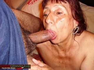 LatinaGrannY What an awesome Well old Nudes Here