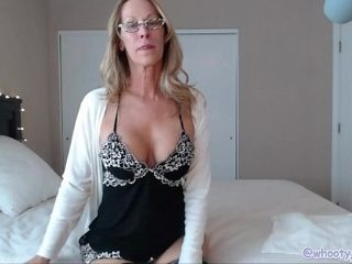 Sumptuous cougar taunting