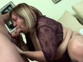 BBW granny gets fucked wide of younger impoverish