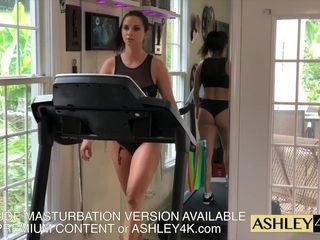 Sport dame teaching Ashley Sinclair free-for-all Version