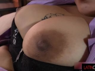 Mexican Chili 2 mature vags getting off
