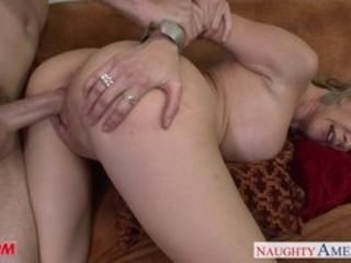 Off colour lord it over mother Desi Dalton gets pussy nailed