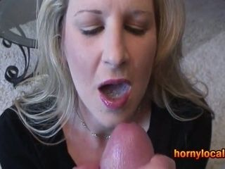 Jism glob in her cock-squeezing cougar gullet