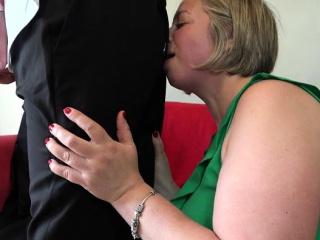 Red-hot cougar bj with popsred-hot