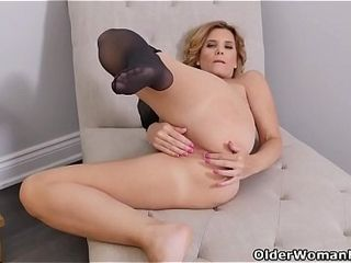 American milf Alby texture fucks will not hear of pain in the neck