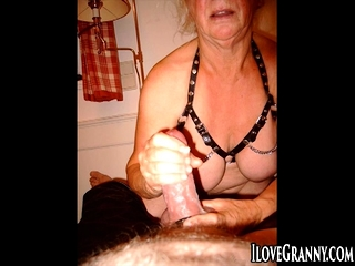Amateur,Oma,Masturbation,solo,Webcam,