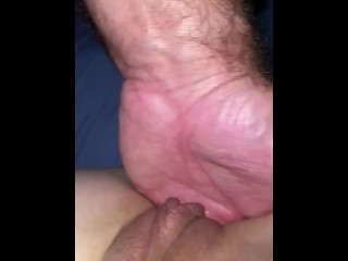 Lady with XXL poon getting finger-tickled and creaming whilst beau strokes