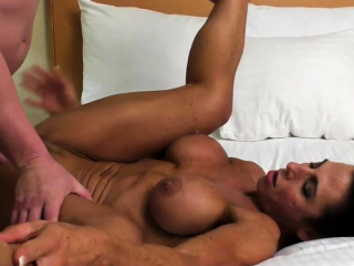 Nude doll Bodybuilder Briana smashes Her beau