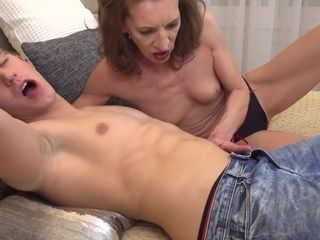 Exciting mummy Viana Doing Her Hustler dude