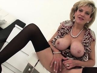 Traitorous uk milf little one sonia reveals their way broad bowels