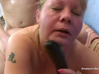 Older plump ash-blonde takes jizm up both nostrils