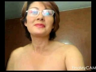 Mom has a web cam